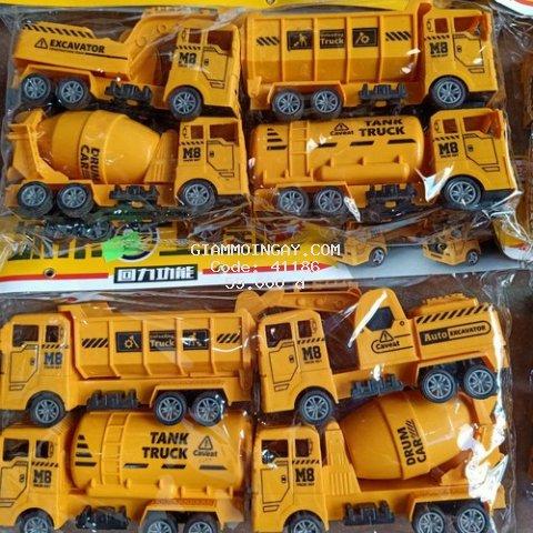 Bộ đồ chơi gồm 4 ôtô công trình cho bé
