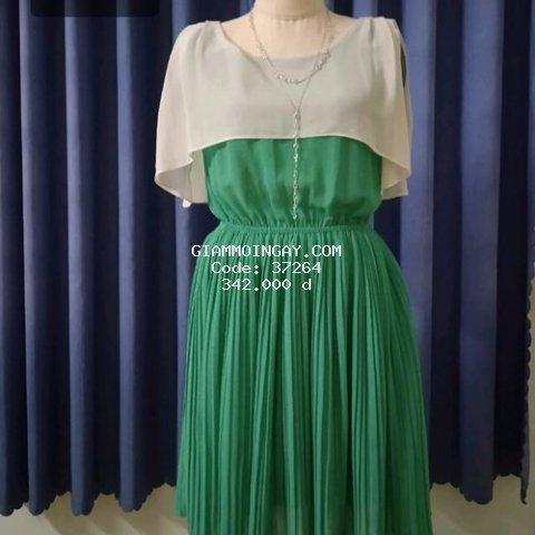 Đầm voan màu xanh lá