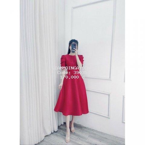 Đầm xoè cao ( năm  )