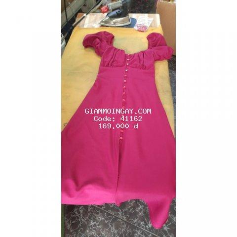 Đầm xòe màu hồng xác pháo