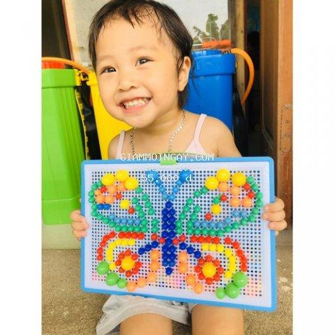 Đồ chơi thông minh Xếp Hình Sáng Tạo Cho Bé (Với 296 chi tiết nút xếp sắc màu giúp Bé có thể sáng tạo hàng Trăm Hình ạ)