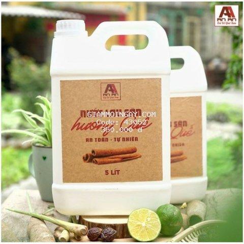 Nước lau sàn quế 5 lít - đuổi muỗi côn trùng hiệu quả, chiết xuất 100% từ thiên nhiên.