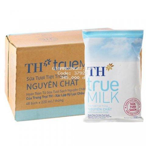 Sữa tươi tiệt trùng TH True Milk thùng 220ml 48 bịch ( Có đường /Ít Đường /Nguyên Chất )