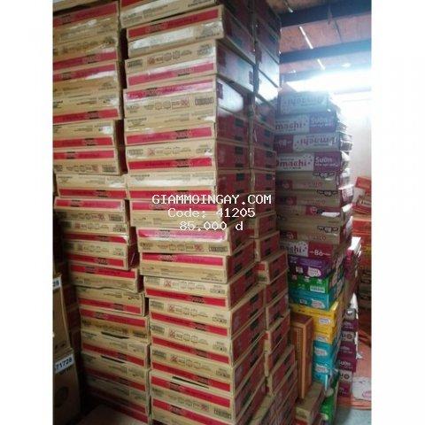 thùng 30 gói mì Kokomi tôm chua cay